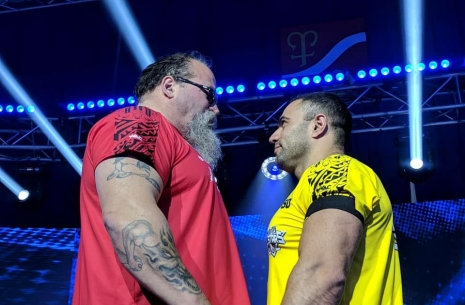 Тим Бреснан vs Рустам Бабаев: фестиваль фолов # Aрмспорт # Armsport # Armpower.net